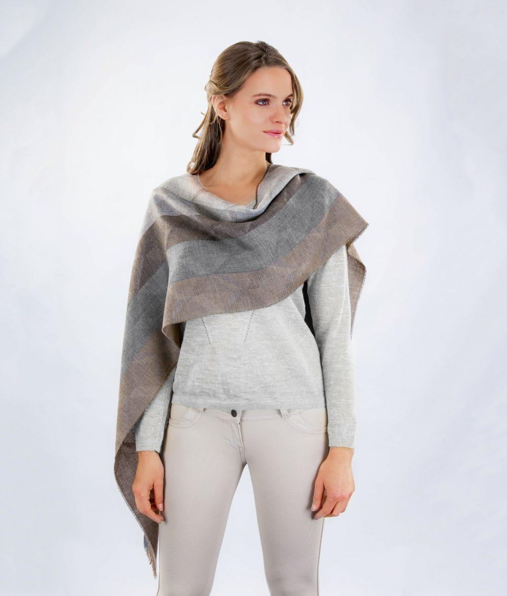 Écharpe ABSTRACT en bébé alpaga et soie - écharpes, bonnets et pulls en alpaga. Fine Alpaca, fine laine et coton du Pérou, vêtements en fibres naturelles.
