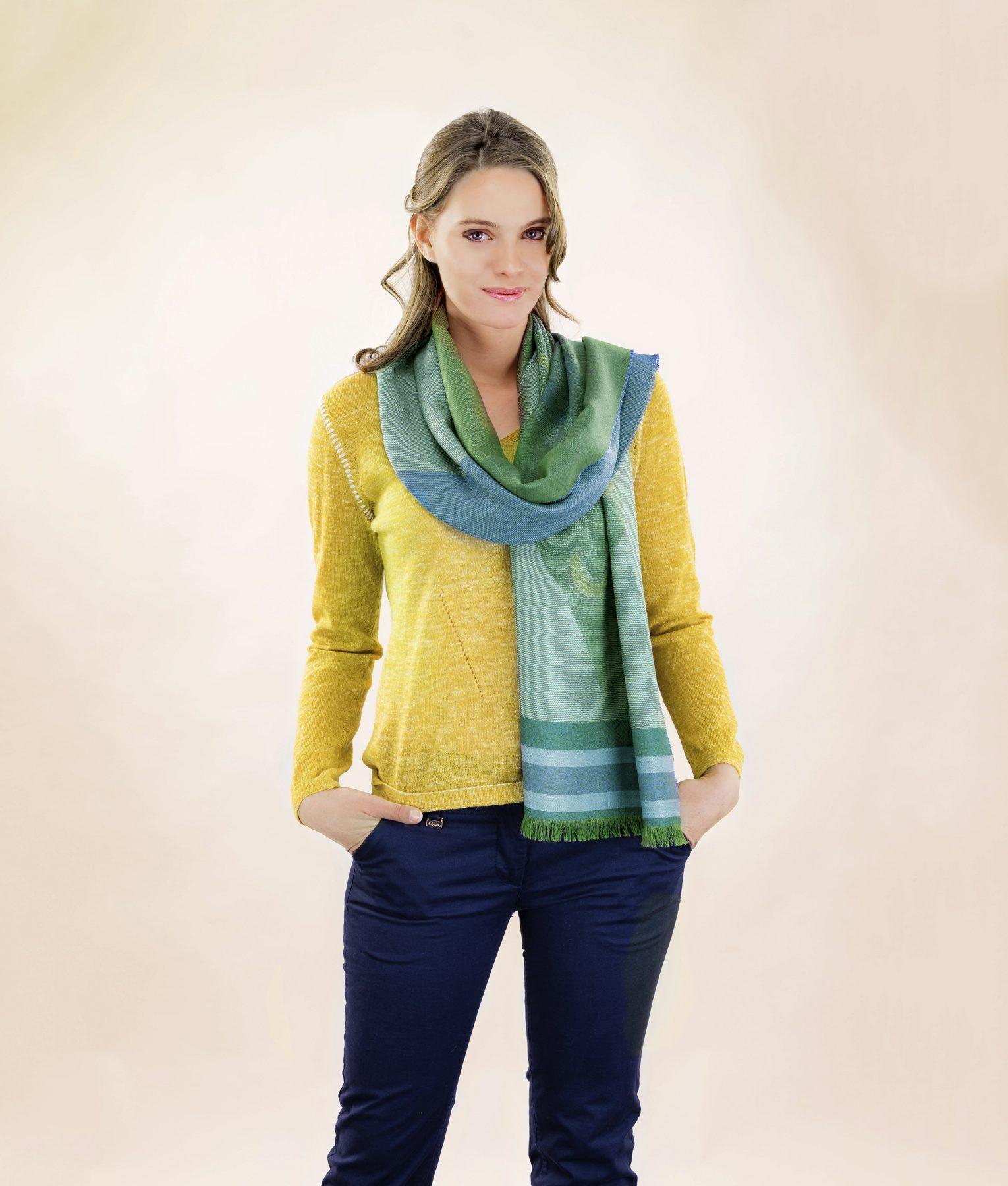 Écharpe DIAMOND en alpaga et soie - écharpes, bonnets et pulls en alpaga. Fine Alpaca, fine laine et coton du Pérou, vêtements en fibres naturelles.