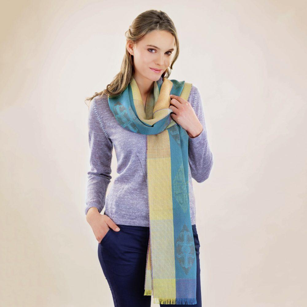 Écharpe ICONS en alpaga et soie - écharpes, bonnets et pulls en alpaga. Fine Alpaca, fine laine et coton du Pérou, vêtements en fibres naturelles.